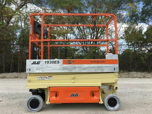 How Much Does Your Scissor Lift Weigh? - Intella Liftparts
