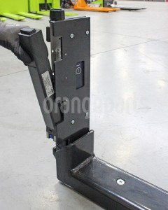 forklift scale battery mounting