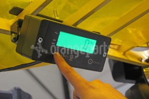 warehouse scale vs forklift scale