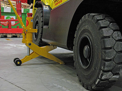 When To Change Forklift Tires How To Guide